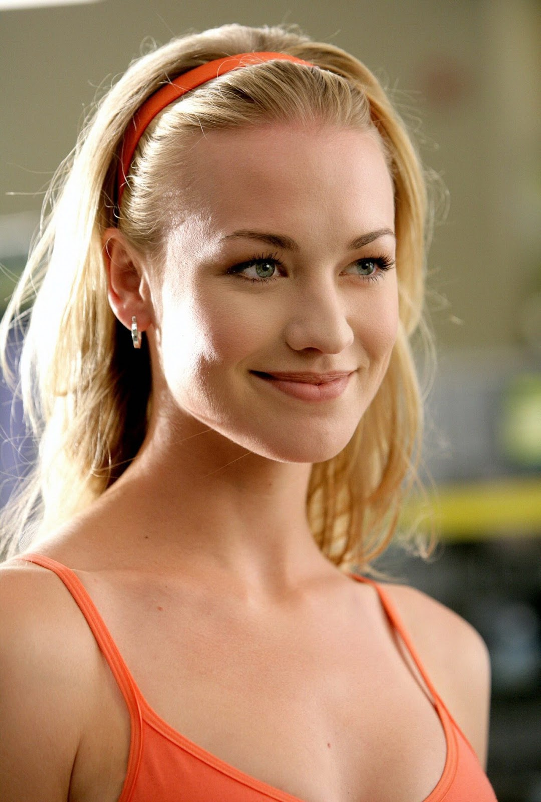 70 Hot Pictures Of Yvonne Strahovski The Handmaid S Tale Actress Best Hottie