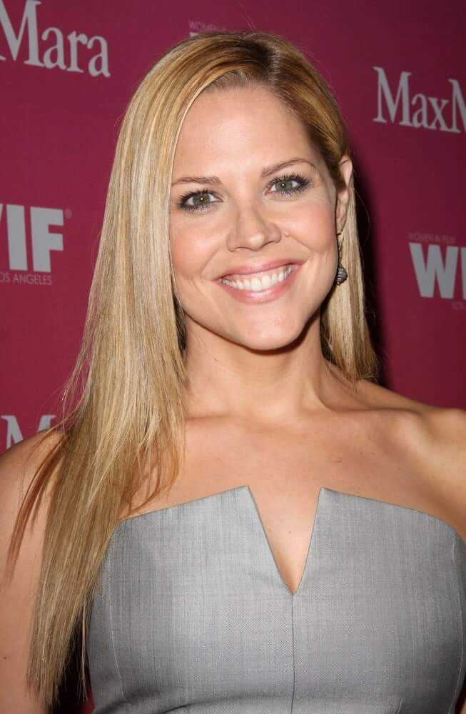 50 Nude Pictures Of Mary McCormack That Will Make Your