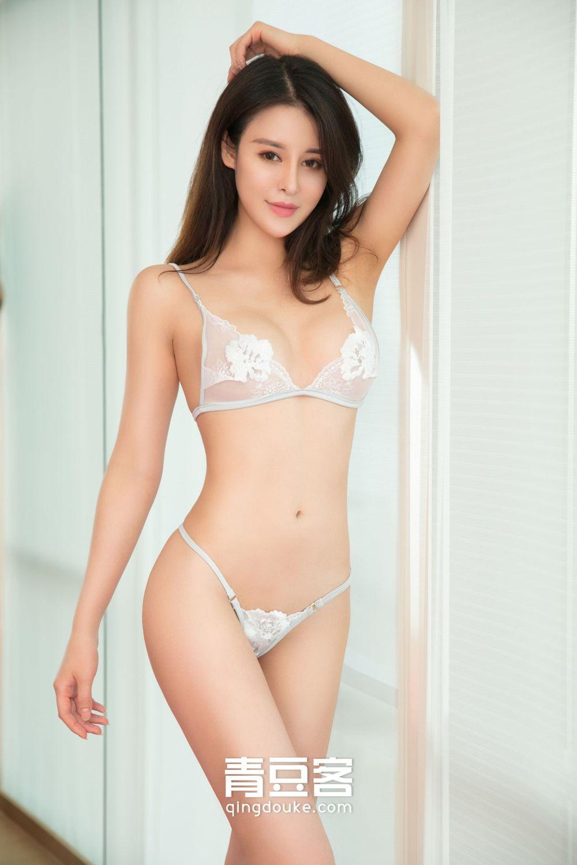 QingDouKe – Nice Underwear Ye Jia Yi