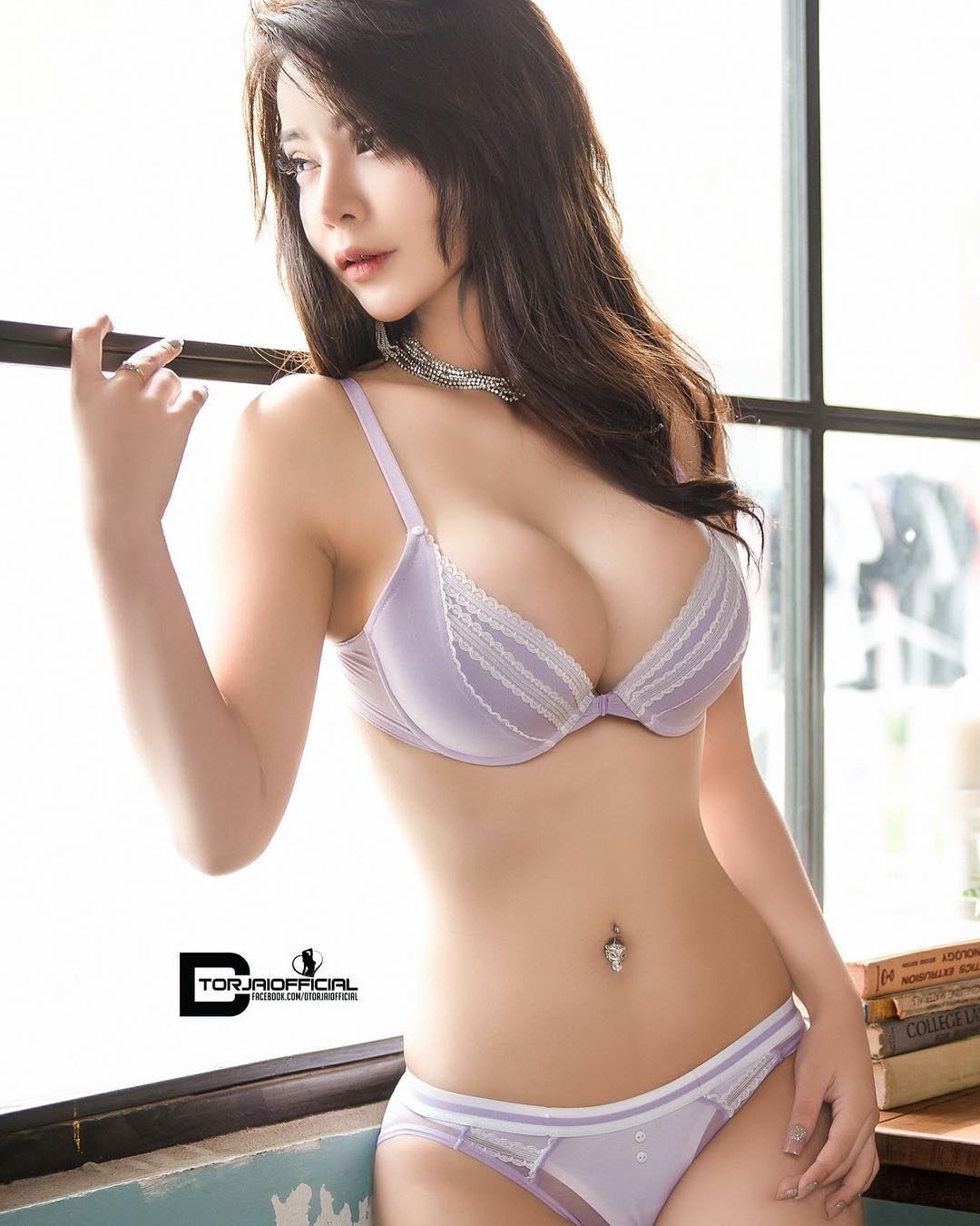 Thailand Mature Sister Big Boobs Private Photos
