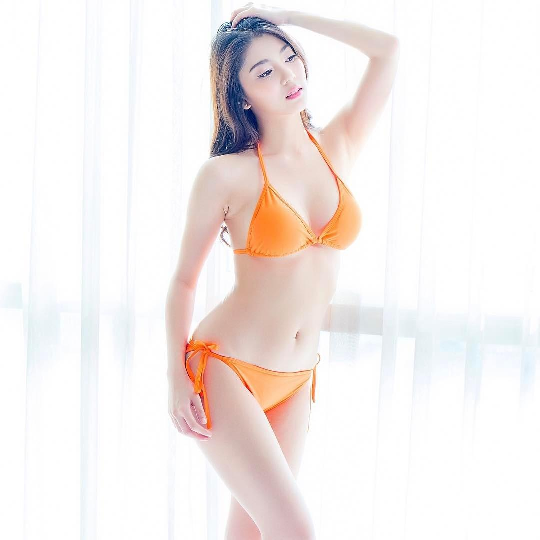 Kamonwan Sangchom Sexy Summer Picture and Photo