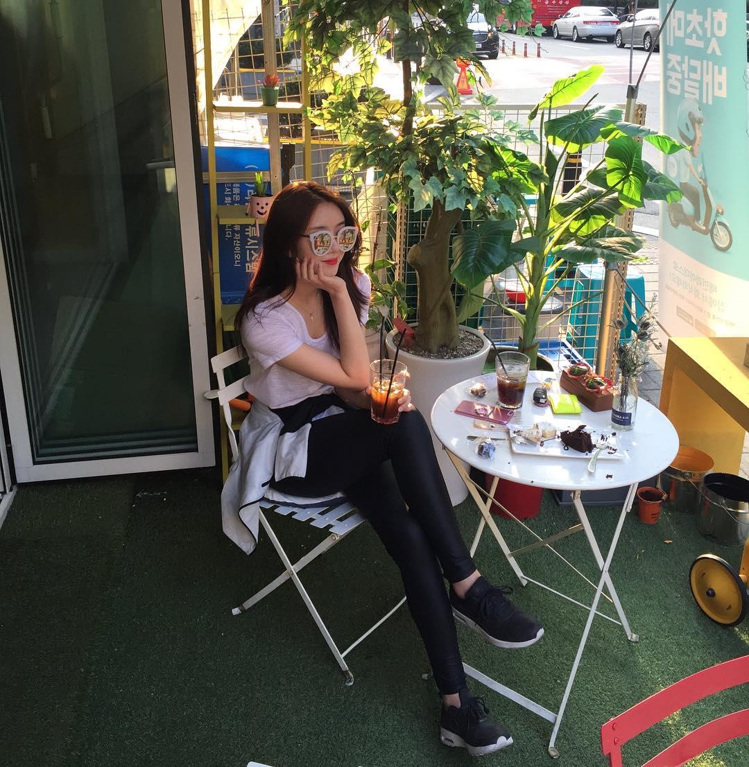 Kim Ye Rin Temperament Lovely Picture and Photo - Hotgirl.biz