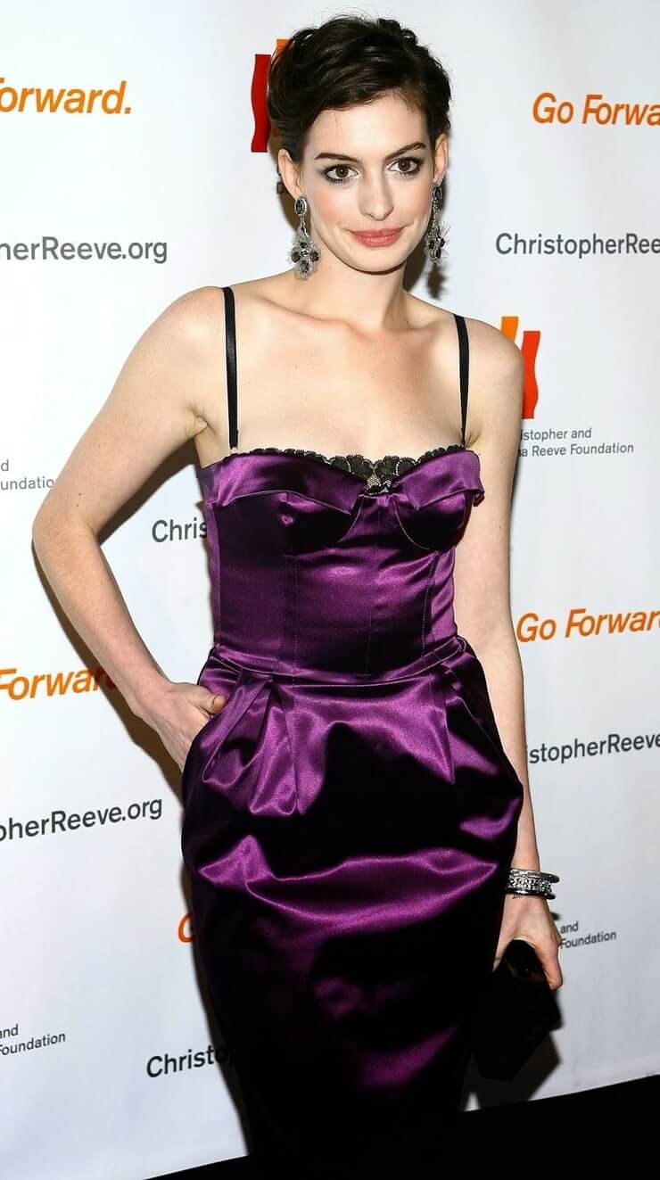 49 hottest Anne Hathaway photos drive you crazy for love