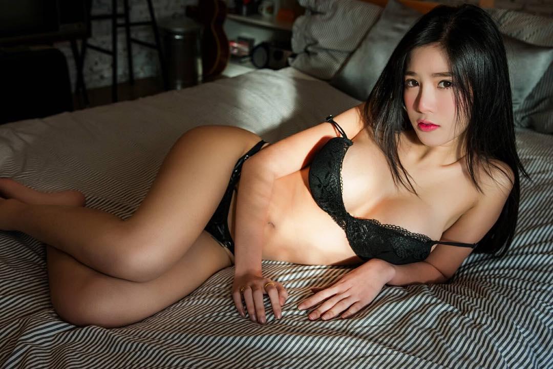 Sukanya Moey Big Boobs Picture and Photo